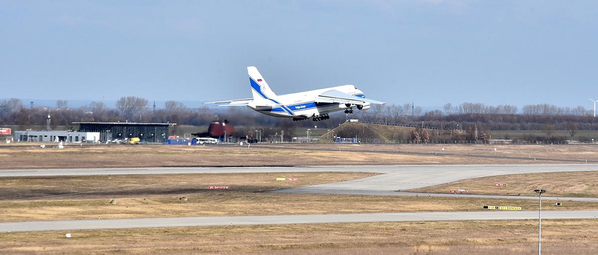 Flughafen saniert Start- und Landebahn Nord